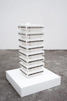 <b>Pierre Bismuth, <i>Complexe des villas / Bâtiment Le Corbusier (maquette)</i>, 2010</b>